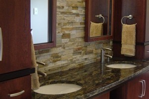 BATHROOM BACKSPLASH - ANATOLIA LEDGESTONE BEACHWALK