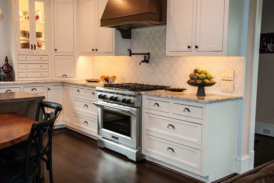 Kitchen Backsplash Glazzio Versailles Series White Tulip