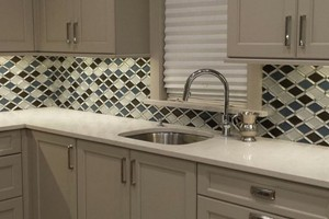 KITCHEN BACKSPLASH - GLAZZIO FALLING STAR 2